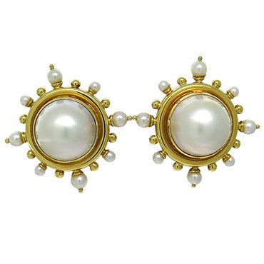 thumbnail image of Elizabeth Locke 18k Gold Pearl Earrings