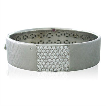 image of Roberto Coin 18K White Gold 1.50ctw Diamond Bangle Bracelet