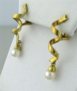 thumbnail image of Tiffany & Co 18K Gold Spiral Ribbon Pearl Drop Earrings