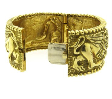 image of Impressive Gold Lion Bracelet by Robert Wander for Winc