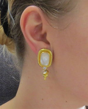 image of Elizabeth Locke Moonstone 19k Gold Interchangeable Day Night Earrings