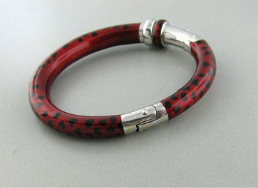 thumbnail image of Estate Soho 18K White Gold Red And Black Enamel Bangle Bracelet