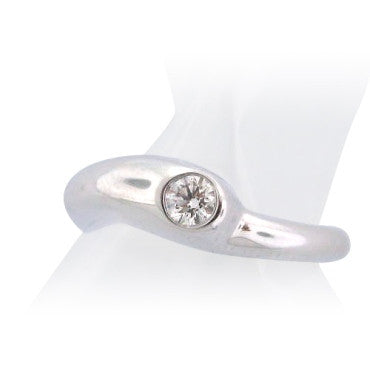 image of Hearts On Fire 18k Gold 0.16ct Diamond Enduring Ring
