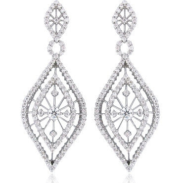 image of New Hearts On Fire Tantalizing 3.91ct Diamond Earrings
