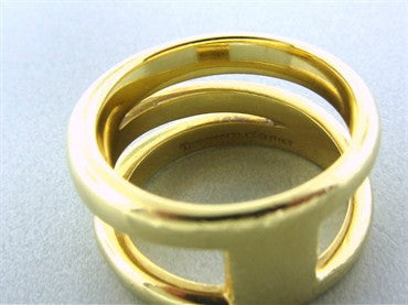 thumbnail image of Estate Tiffany & Co 18K Yellow Gold Ring