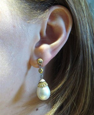 thumbnail image of Fine Buccellati South Sea Pearl Rose Cut Diamond Gold Drop Earrings