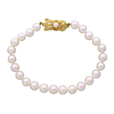 image of Estate Mikimoto 18k Yellow Gold 6.1mm to 6.4mm Pearl Bracelet