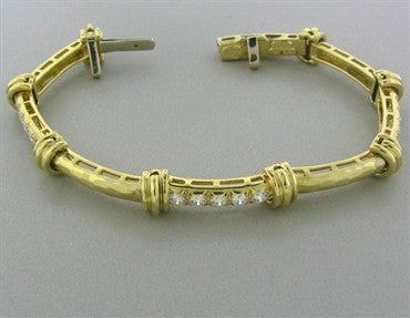 image of Henry Dunay 18K Yellow Gold Hammered Finish 2.50ctw Diamond Bracelet