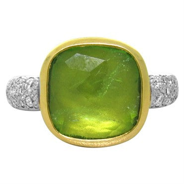 thumbnail image of New Pomellato Scheherazade 18k Gold Diamond Peridot Ring
