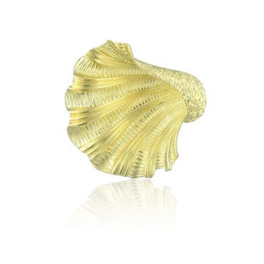 thumbnail image of Estate Tiffany & Co 18k Gold Seashell Brooch Pin