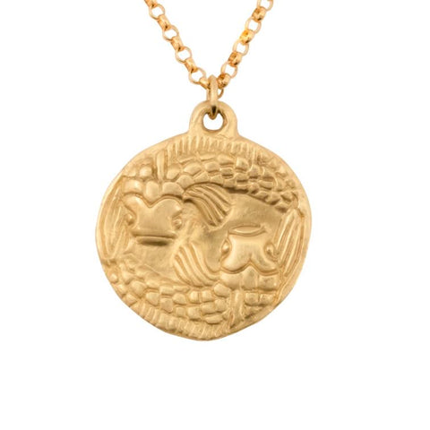 image of Susan Highsmith 18k Gold Pisces Zodiac Pendant Necklace