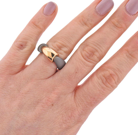 image of Vhernier Calla Rose Gold Titanium Ring
