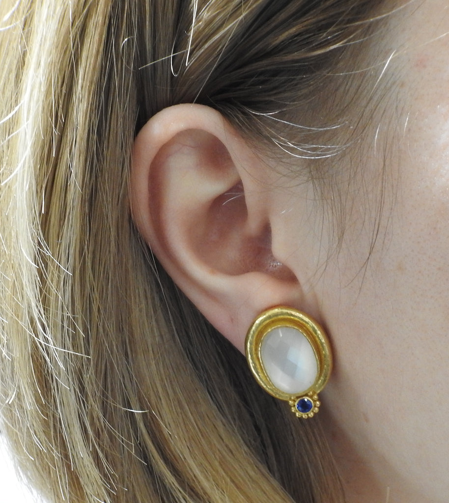 thumbnail image of Elizabeth Locke Moonstone Sapphire Gold Earrings