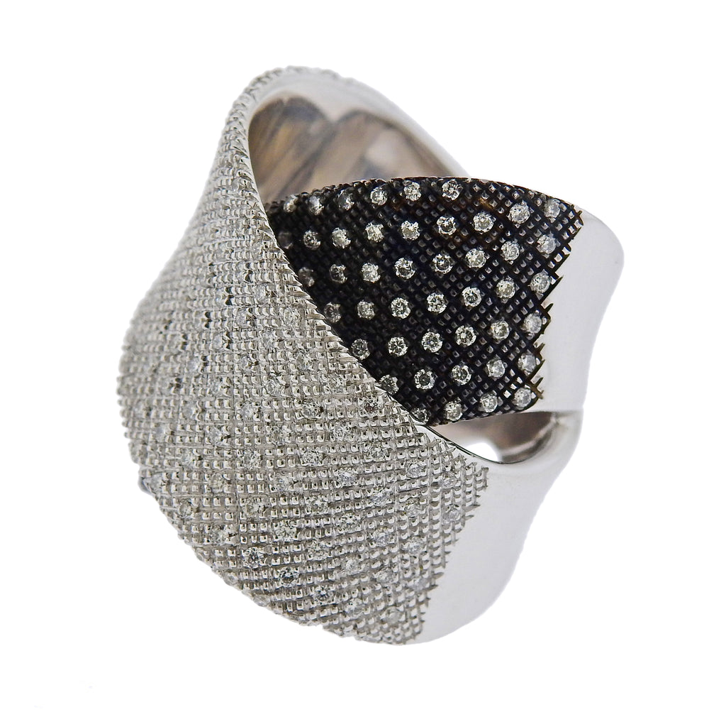 thumbnail image of Pasquale Bruni Pave Gold Diamond Crossover Band Ring
