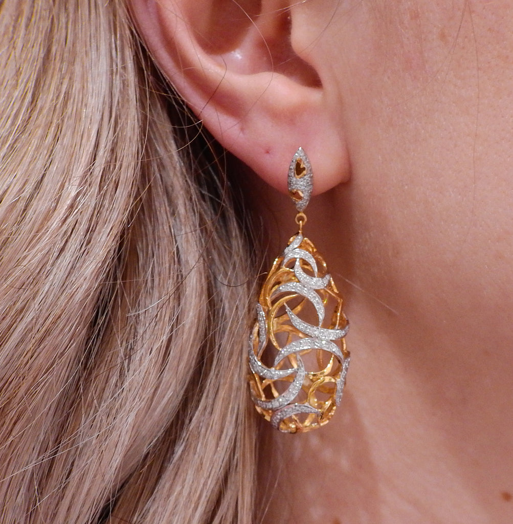 thumbnail image of Gold Diamond Openwork Drop Earrings