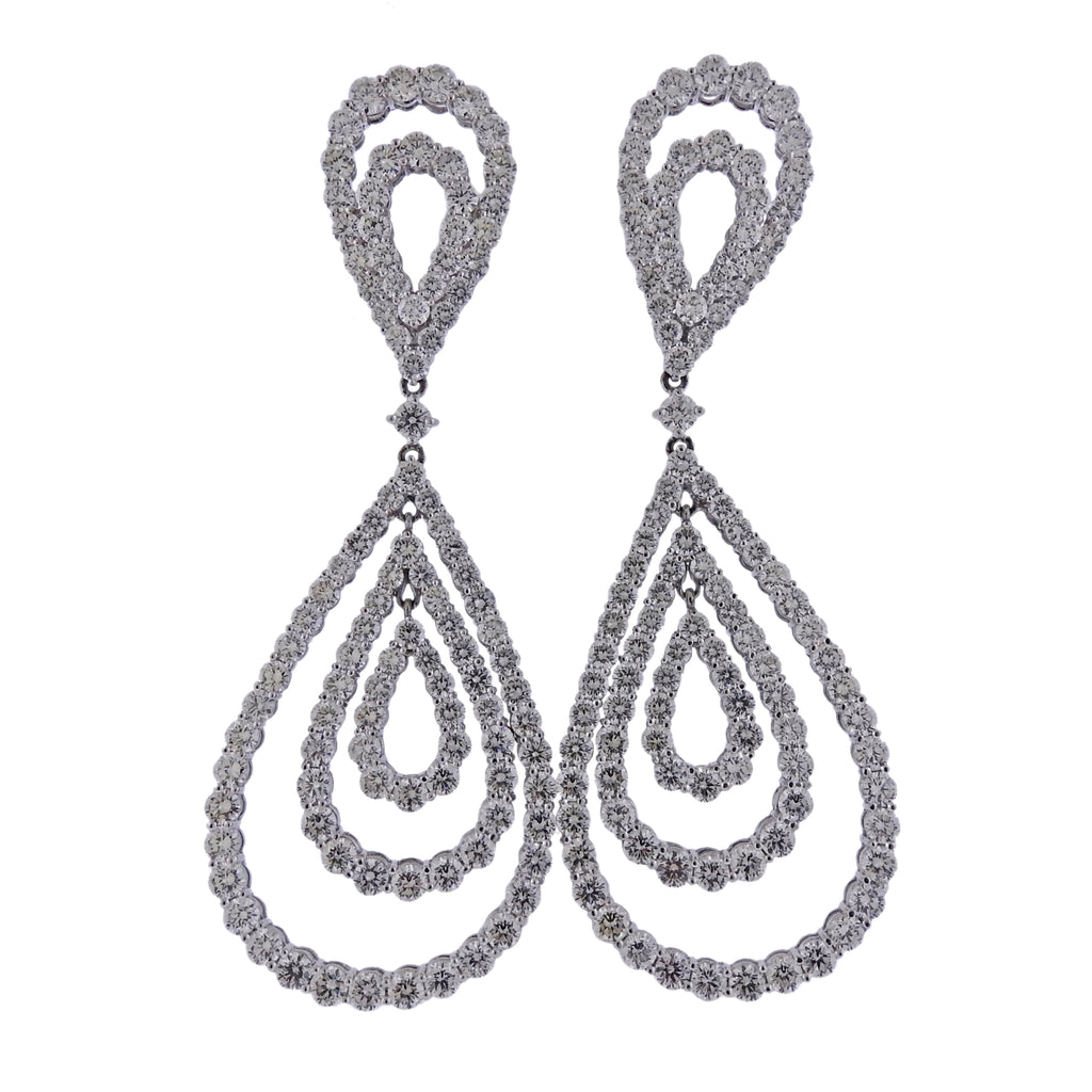 thumbnail image of 19 Carat Diamond Drop Gold Earrings