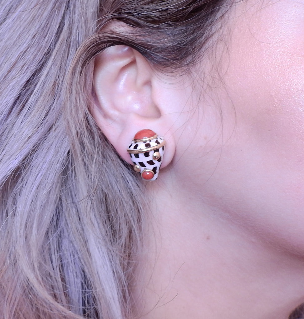 thumbnail image of Maz Shell Coral Gold Earrings