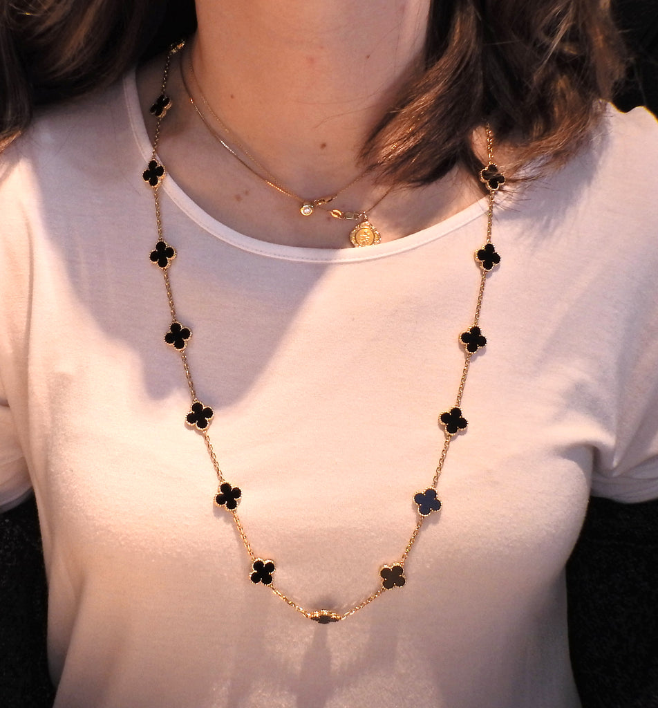 thumbnail image of Van Cleef & Arpels Vintage Alhambra 20 Motif Onyx Gold Necklace