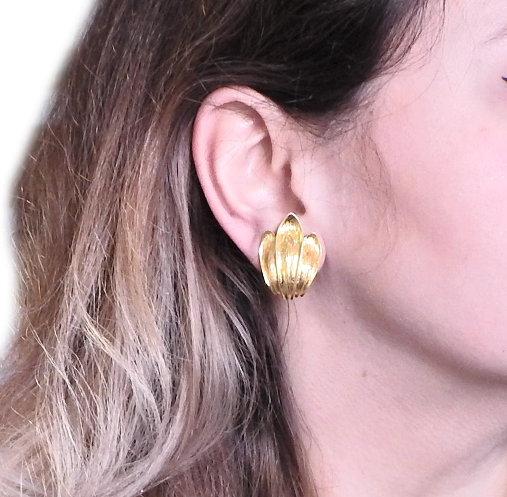 thumbnail image of Maramenos Pateras Greece Gold Earrings