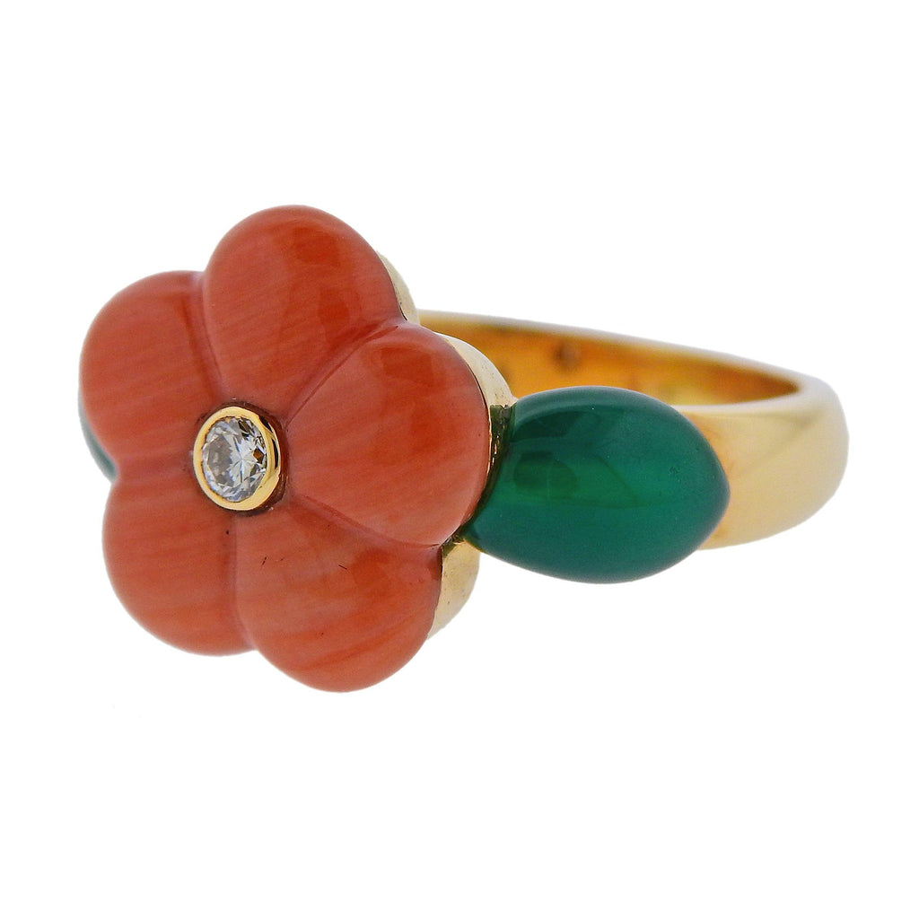 thumbnail image of Van Cleef & Arpels Coral Chrysoprase Diamond Gold Flower Ring