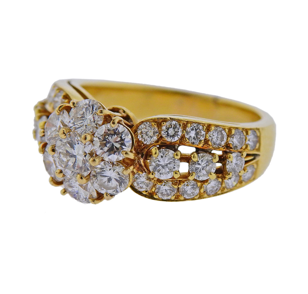 thumbnail image of Van Cleef & Arpels Fleurette Diamond Gold Ring