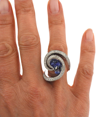 image of De Grisogono Chiocciolina Diamond Sapphire White Gold Ring 50