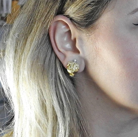 image of Buccellati Gold Pomegranate Earrings