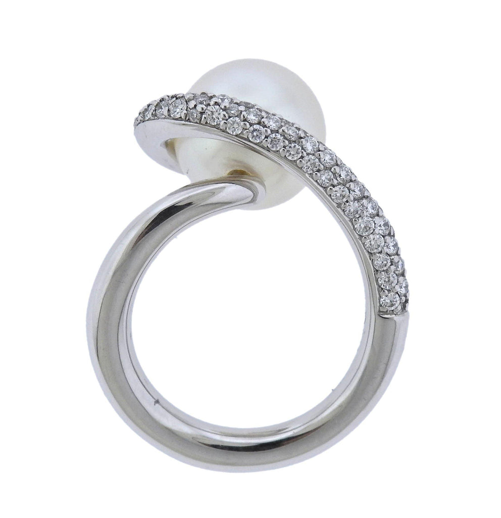 thumbnail image of Gubelin Pearl Diamond 18k Gold Ring