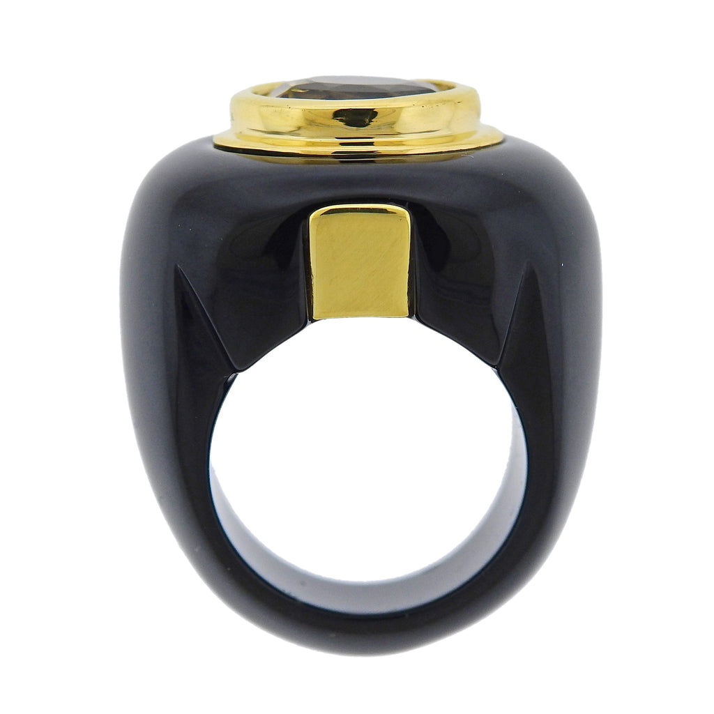 thumbnail image of Trianon 10.50 Carat Yellow Sapphire Onyx Gold Ring