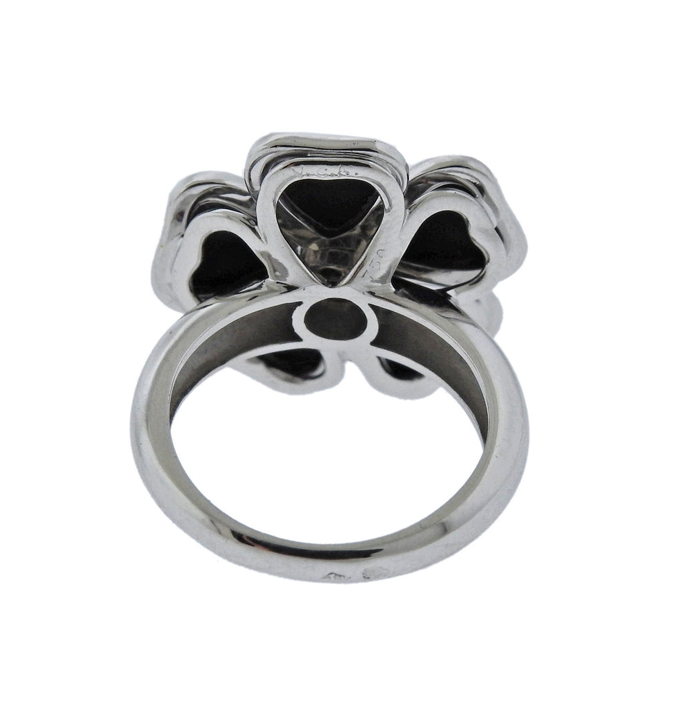 thumbnail image of Van Cleef & Arpels Nerval Diamond Onyx Gold Flower Ring