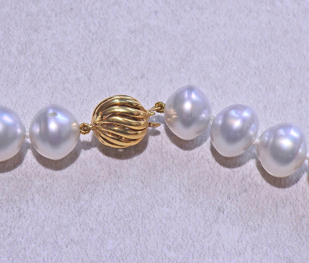 thumbnail image of Assael Pearl Moonstone Gold Necklace