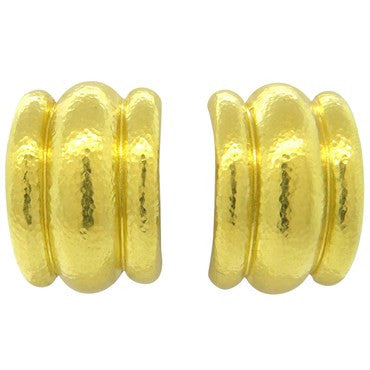 image of Elizabeth Locke Amalfi Hammered 19k Gold Hoop Earrings