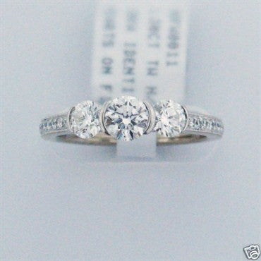 thumbnail image of New Hearts on Fire 18k Gold 1.20ct Diamond Engagment Ring