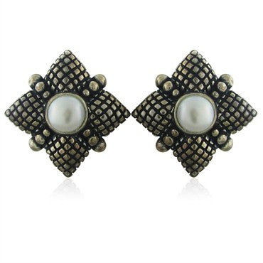 thumbnail image of Stephen Dweck Sterling Silver Pearl Earrings