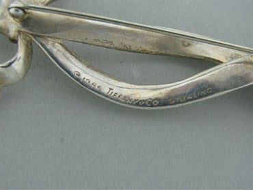 thumbnail image of Vintage 1985 Estate Tiffany & Co Sterling Silver Ribbon Brooch