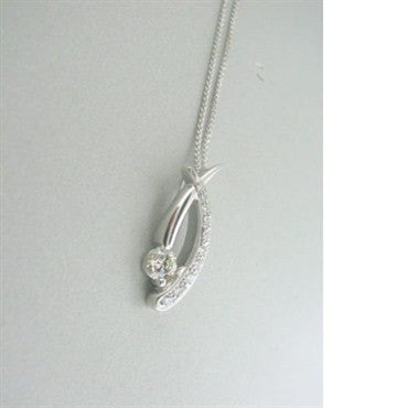 image of Hearts On Fire Fusion Criss Cross Diamond Necklace