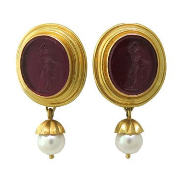 image of Elizabeth Locke Gold Venetian Glass Intaglio Day Night Pearl Earrings