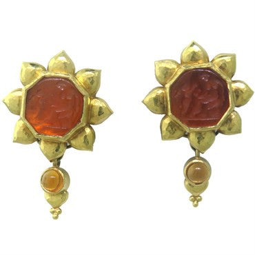 image of Elizabeth Locke Day and Night Intaglio Citrine Gold Earrings