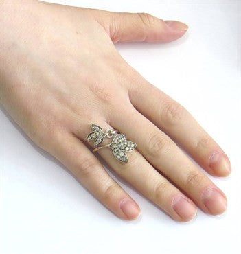 thumbnail image of H Stern Hera Leaf Bypass Gold Fancy Diamond Ring