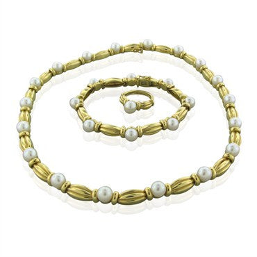 thumbnail image of Tiffany & Co 18K Gold Saltwater Pearl Ring Bracelet Necklace Set