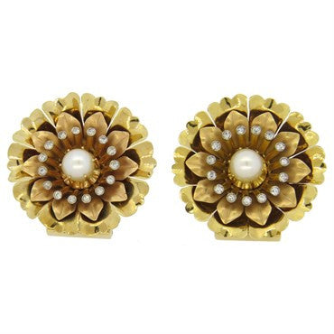 thumbnail image of Classic Retro 1940s Pearl Diamond 18k Gold Brooch Clip Set