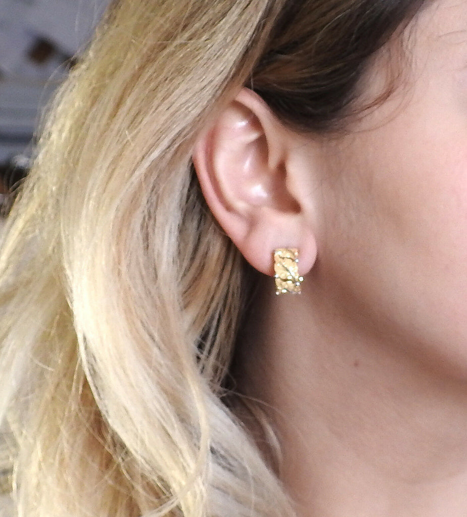 thumbnail image of Buccellati Leaf Motif Hoop 18k Gold Earrings