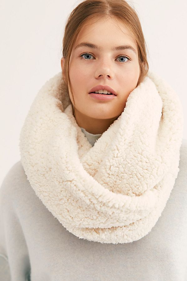Cloud Nine Double Loop Scarf