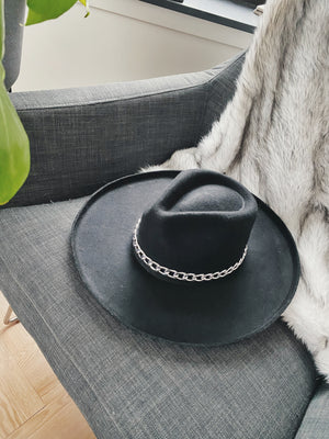Single Shot Hat - Black