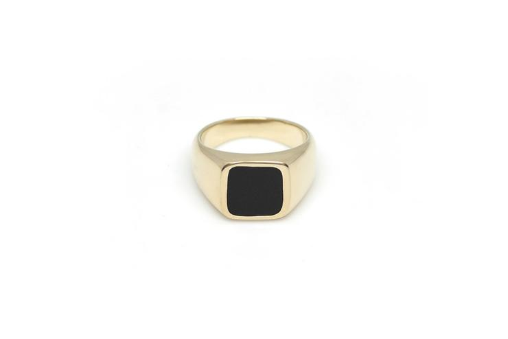 Vayü Jolie Ring in Black Onyx