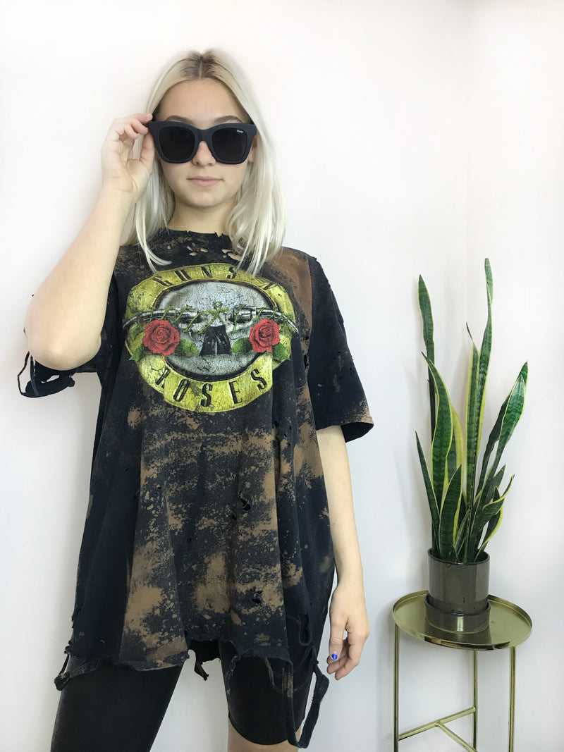 Vintage Distressed Guns N Roses Band Tee