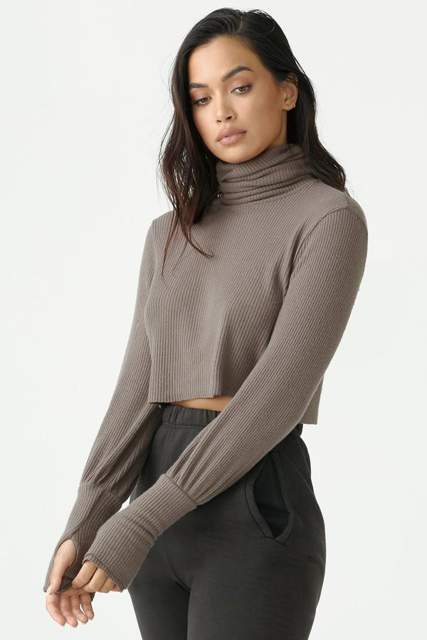 Joah Brown Cropped Turtleneck - Espresso
