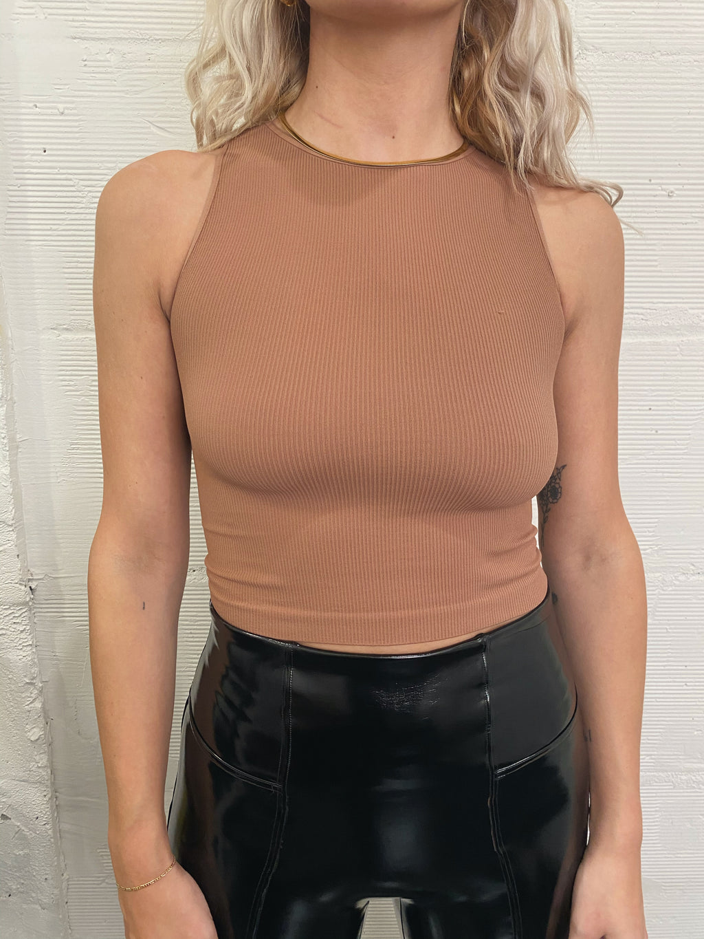 Highneck Basic Crop - Cognac