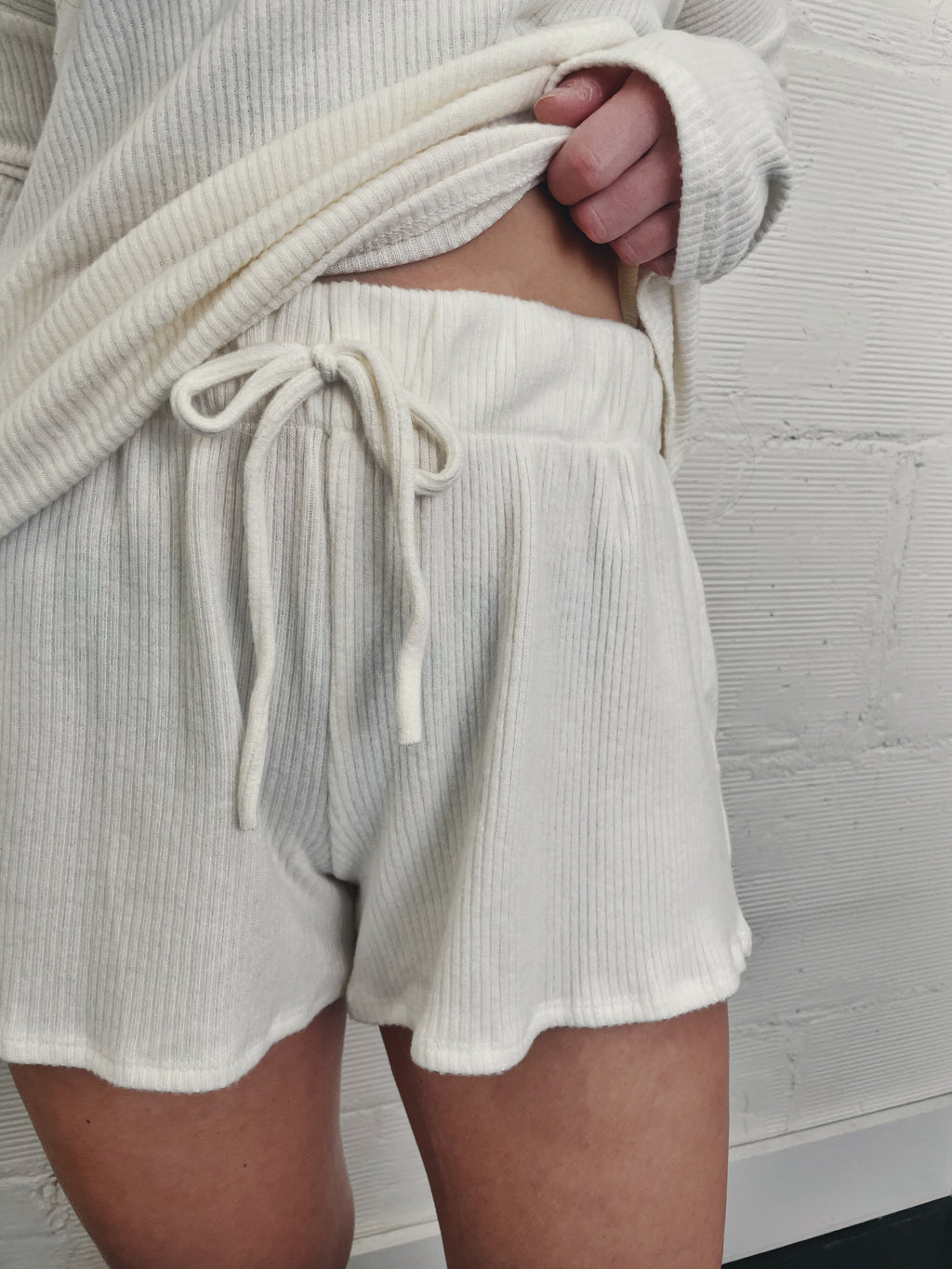 Morning Coffee Shorts - Ivory