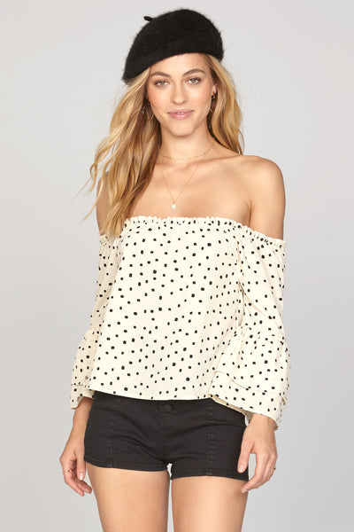 Chapelle Off Shoulder Woven